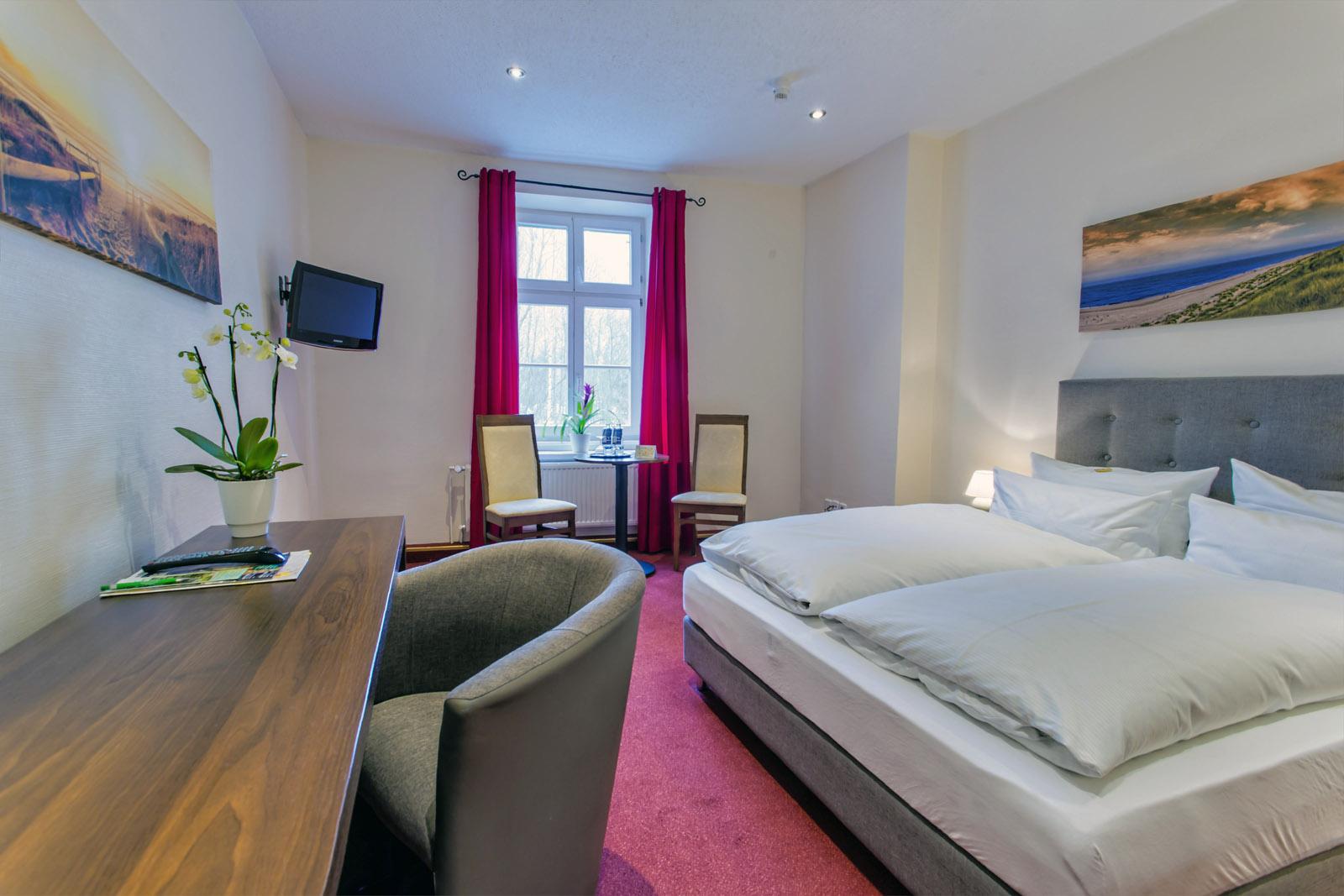 Standard-Doppelzimmer im Hotel Zur Alten Oder in 15230 Frankfurt/Oder
